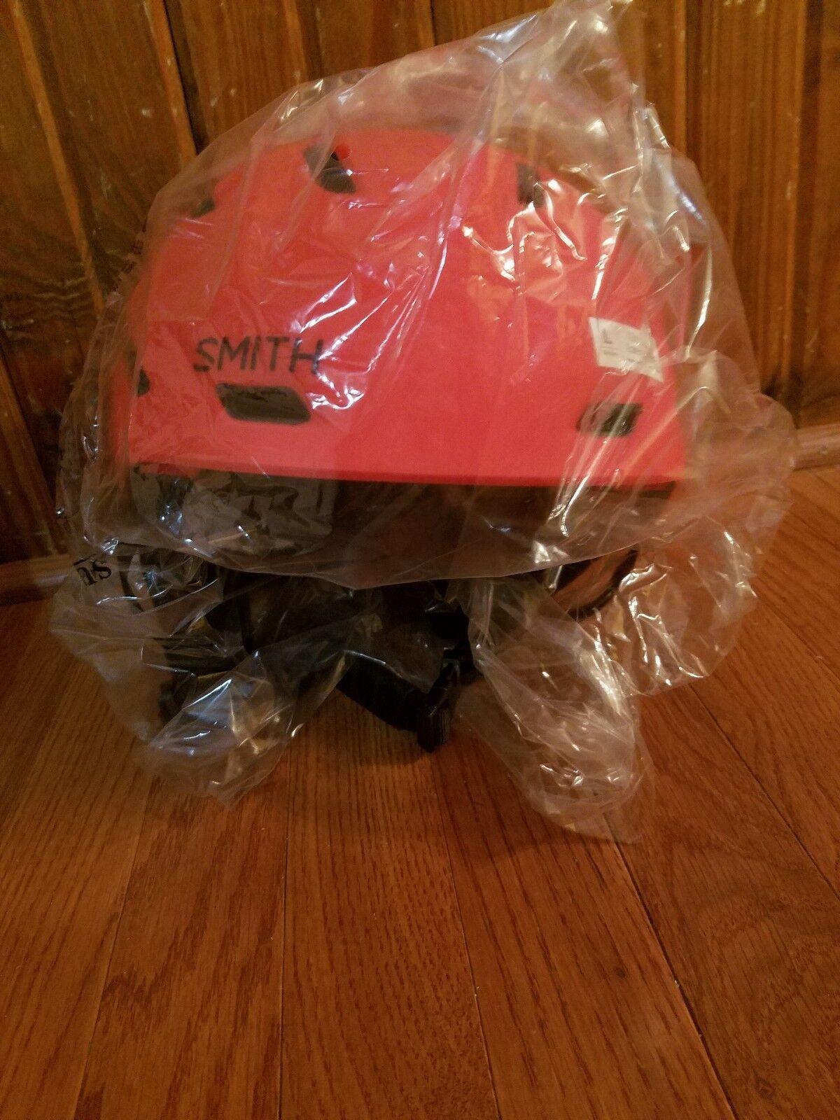 Smith Mission Helmet Adult L Large Matte Rise Red Box Damage Snowboard Ski