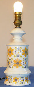Lampe-vintage-porcelaine-de-Limoges-grosses-fleurs-oranges