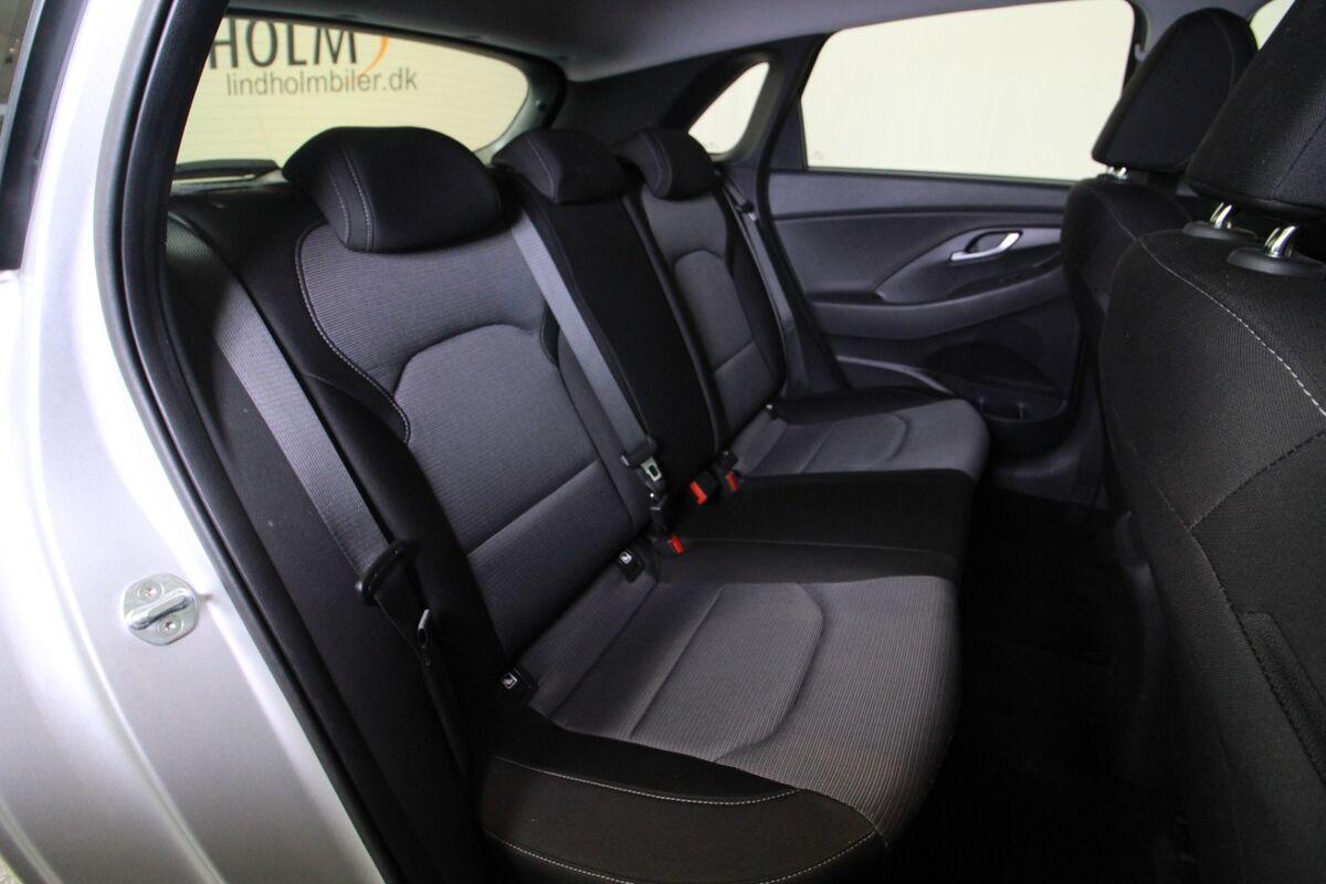 Hyundai i30 1,6 CRDi 110 Life+