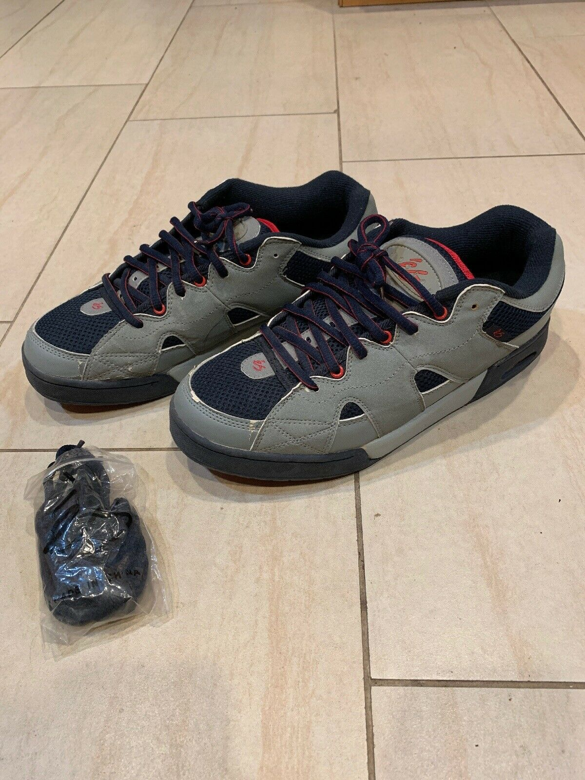 ÉS eS Eric Koston 1 One Dimensione 11 grigio Navy rosso Original Release With Air Bubble