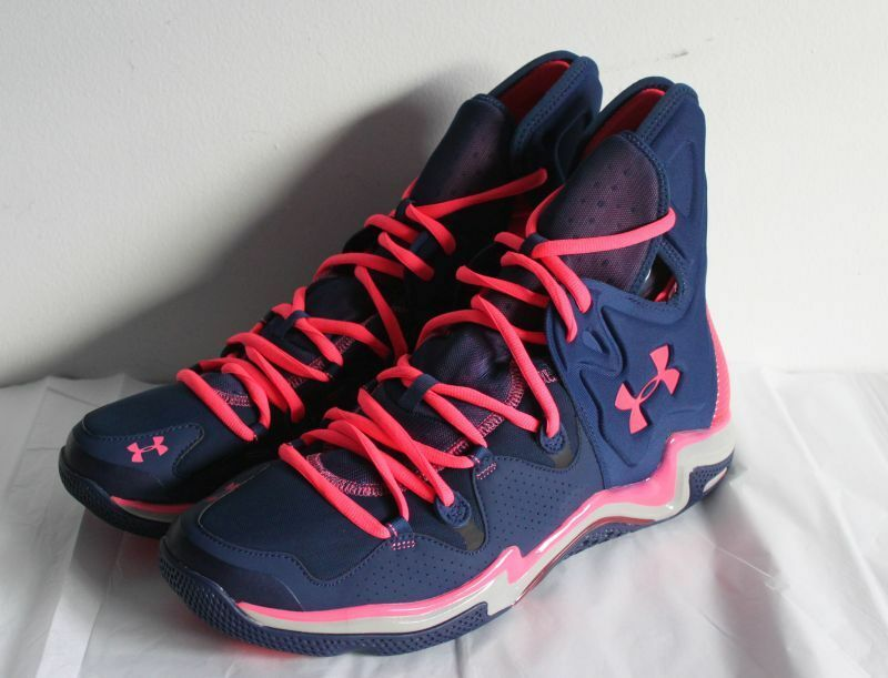 UNDER ARMOUR MICRO G CHARGE VOLT DARK BLUE/PINK SIZE 11.5