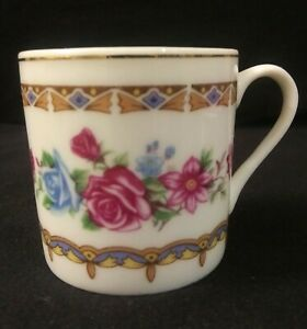 Vintage-Made-in-China-Marked-Tea-Cup-Blue-amp-Dark-Pink-Roses-Gold-Trim-2-034-Tall