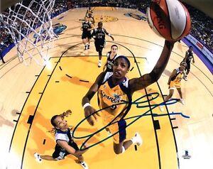 LISA-LESLIE-SIGNED-AUTOGRAPHED-8x10-PHOTO-SPARKS-WNBA-LEGEND-RARE-BECKETT-BAS