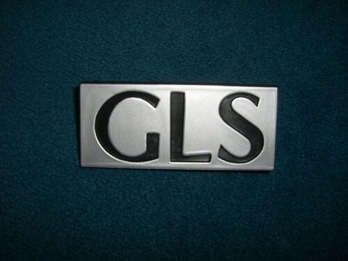 Emblème//badge simca GLS 2 Fixation plumes pins