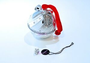 15dc67decadd7 Details about Auth Pandora 2018 Exclusive Holiday Charm & Ornament Radio  City Rockettes White