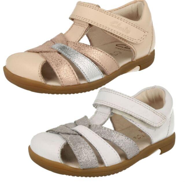 2af8a204db6 Infant Girls Clarks Closed Toe Sandals Softly Mae 3 UK Rose Gold G ...