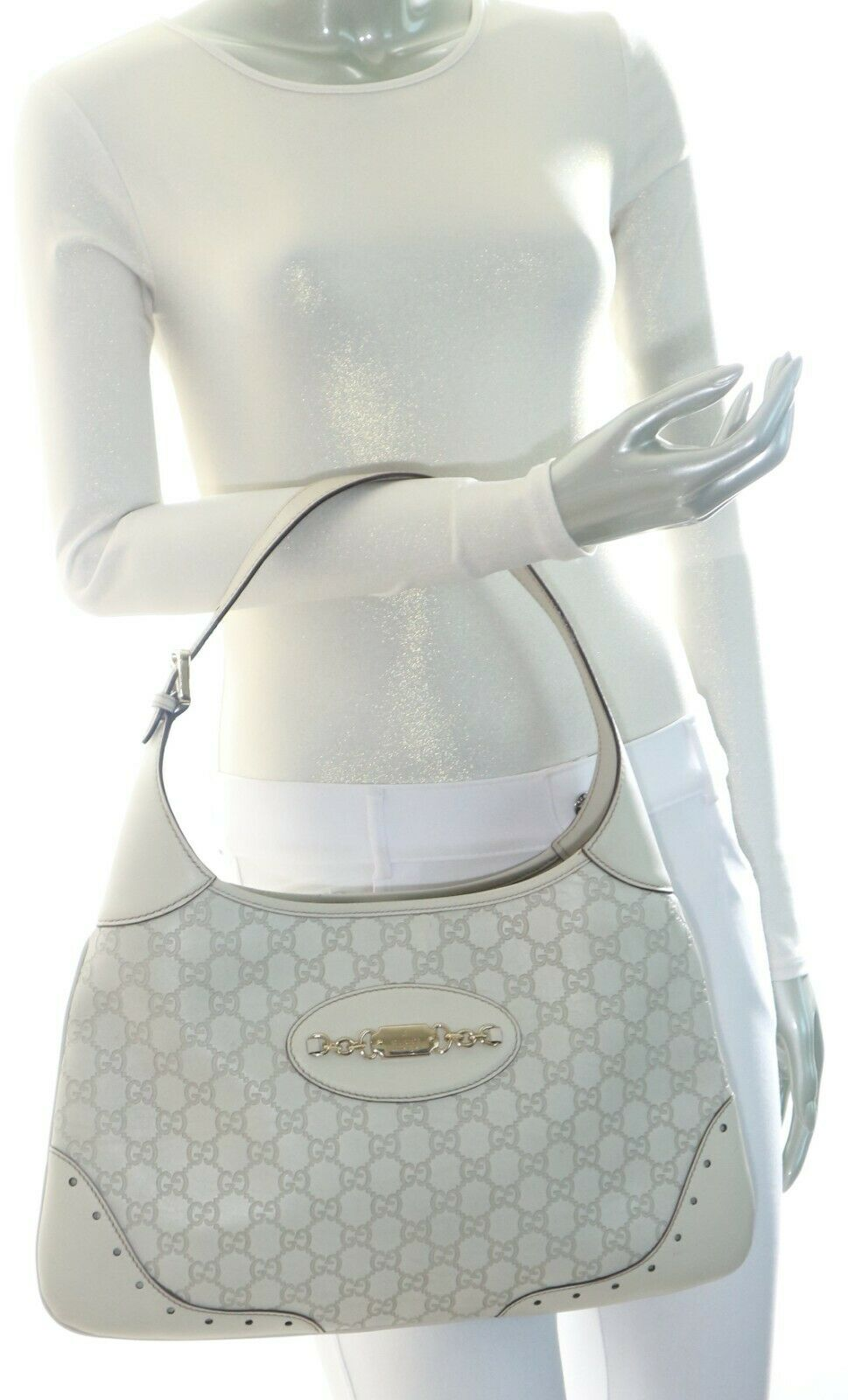Gucci Guccissima Punch Hobo Off White - image 3