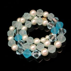 Vintage-Lucite-Necklace-Mid-Century-Chunky-Aqua-Blue-Faux-Crystal-Beads-Pretty