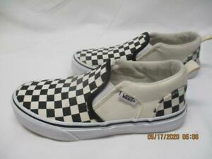 Youth Size 3 Black \u0026 White Tennis Shoes