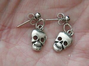 SKULL-HEAD-EARRINGS-Mini-SKELETON-FACE-Stud-Post-Silver-Stainless-Steel-NEW