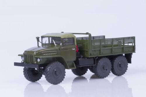 URAL 375 (awning cabin) board truck  1:43 Avtoistoria 101036
