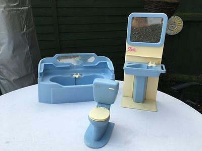 Awesome VintagePedigreeSindyDollHouseFurnitureBathroomBathBOX