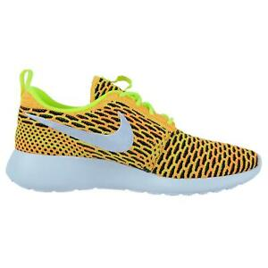 on sale d4ad4 8a4d1 Image is loading Womens-NIKE-ROSHE-ONE-FLYKNIT-Trainers-704927-702