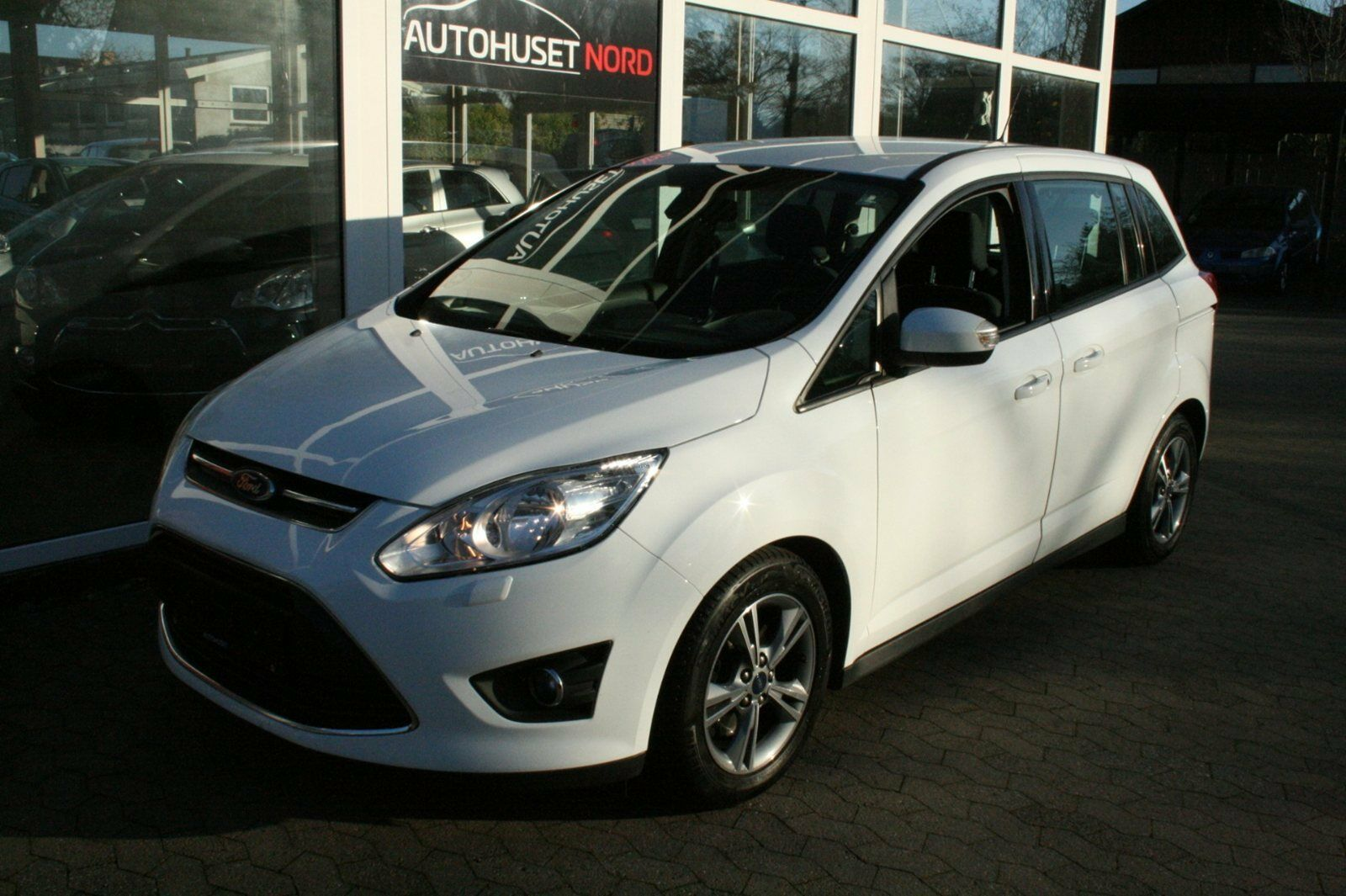 Ford Grand C-MAX 1,6 TDCi 115 Edition 5d