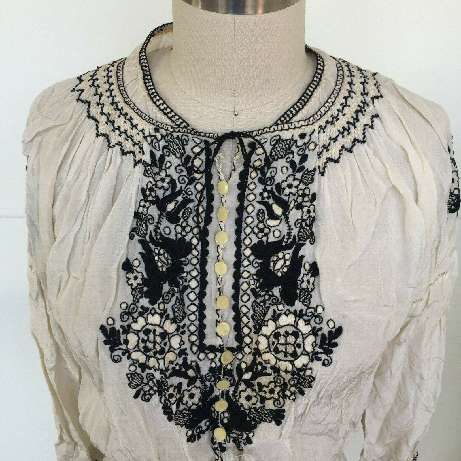 Vtg Hungarian Blouse S-M Embroidered Hand Made Fl… - image 1