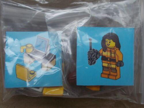 LEGO CITY firewoman al centro di controllo di emergenza + Radio Computer Scrivania Sedia Tazza