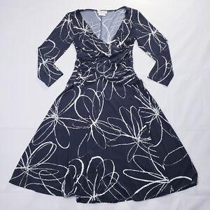 Van-Heusen-Dress-Sz-2-Black-white-Floral-V-Neck-Empire-3-4-Sleeve-Women-039-s-Knee