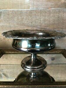 Vintage-Silver-Plate-Pedestal-Bowl-Grapes-Design-on-Outside-Rim