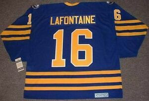 878d7f30f87 Image is loading PAT-LAFONTAINE-Buffalo-Sabres-1992-CCM-Vintage-Throwback-
