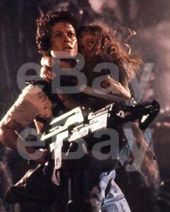 Aliens-1986-Sigourney-Weaver-Carrie-Henn-10x8-Photo