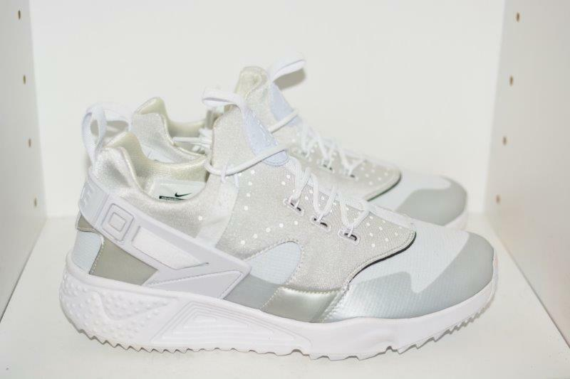 7a0ce92a200 ... NIKE AIR HUARACHE UTILITY MENS RUNNING SHOES - MENS SIZE SIZE SIZE 9  cb14ec ...