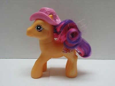 My Little Pony G3 2008 Best Friends Glitter Scootaloo Accessory New No Box Ebay Scootaloo was released 9 times in the classic core 7 pose. ebay