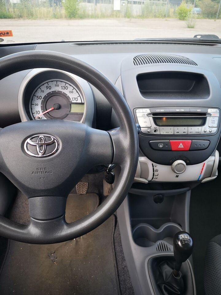 Toyota Aygo, 1,0 Plus, Benzin
