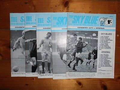 Your choice 1969-70 LEEDS UNITED HOME FOOTBALL PROGRAMMES FREE Postage