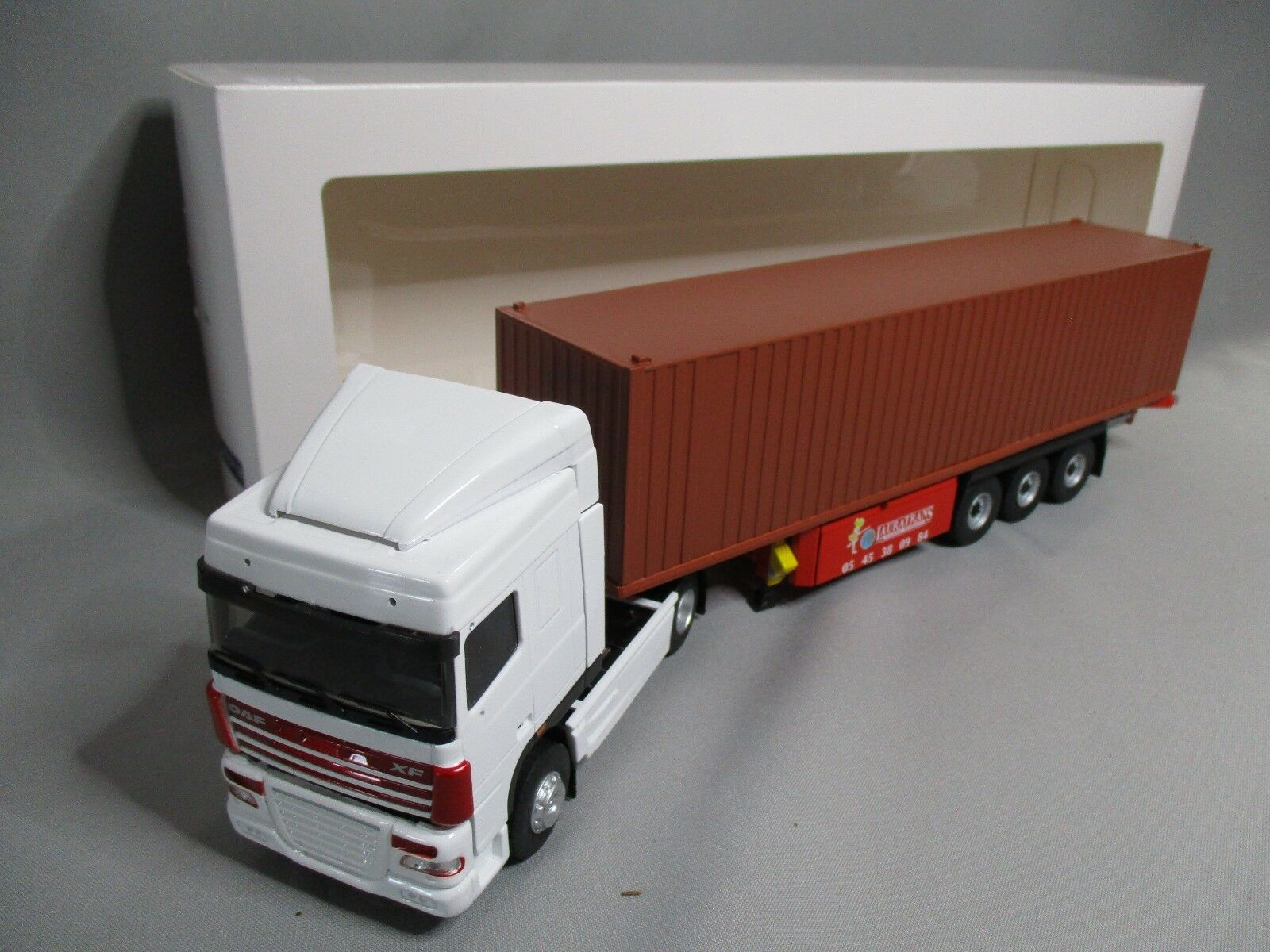 DV8007 ELIGOR 1 43 DAF XF105 SUPERSPACE TRANSPORTS LAURATRANS CONTAINER 114780
