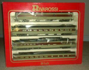 AHM-Rivarossi-HO-Lackawanna-039-A-039-Set-1930-039-s-4-cars-3-cars-interiors