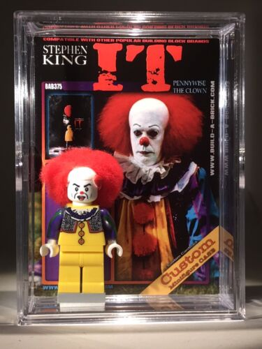 HORROR IT Halloween Custom Mini Action Figure w Display Case /& 375 Mini-figure