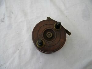 Vintage-21-4inch-Hardwood-and-brass-spin-back-fishing-reel