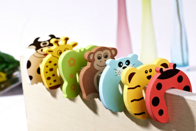100% Quality 10pc Protection Baby Safety Cute Animal Security Card Door Stopper Baby Newborn Care Child Lock Protection Safety Equipment