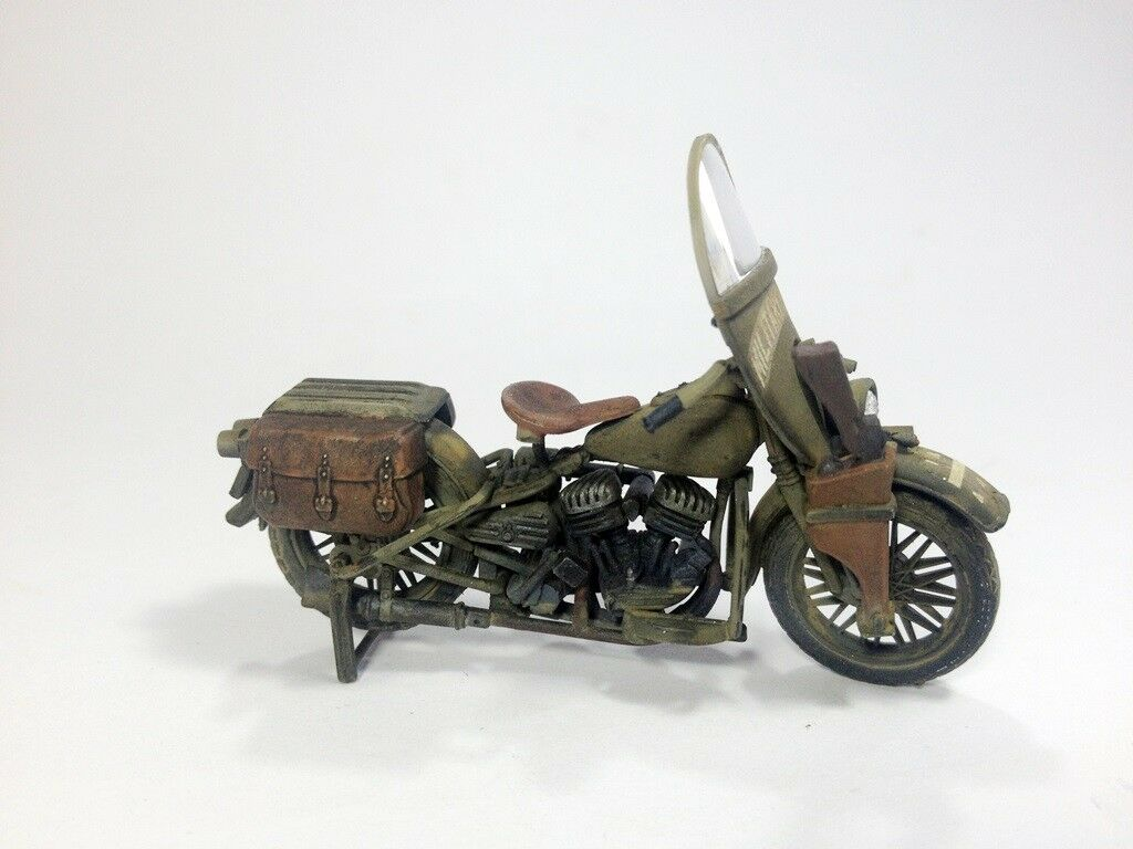 Harley Davidson WLA  scale 1 35 - built and painted