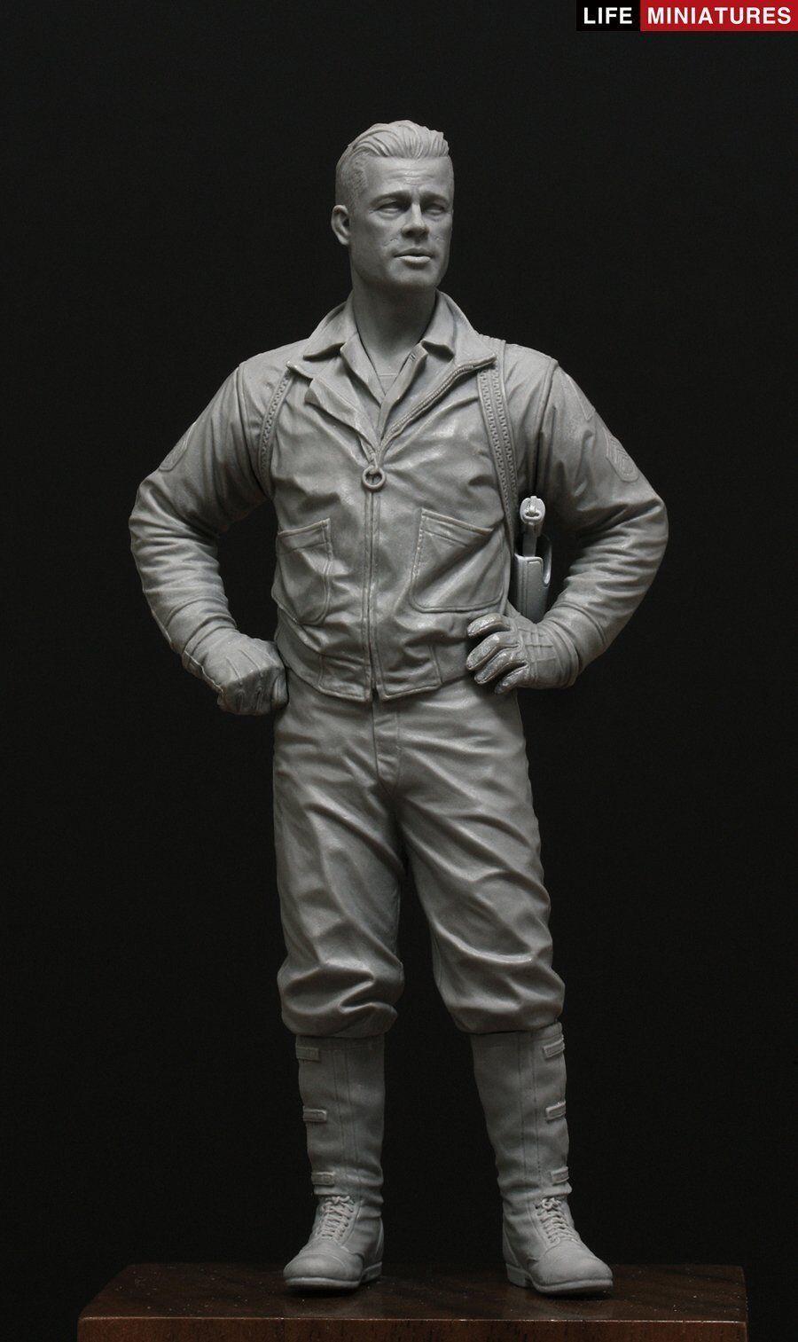 Life Miniatures 1 16 WWII U.S. Tank Commander  War Daddy