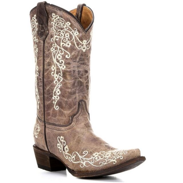 Corral Youth Brown Crater Bone Embroidered Snip Toe Boots A2773