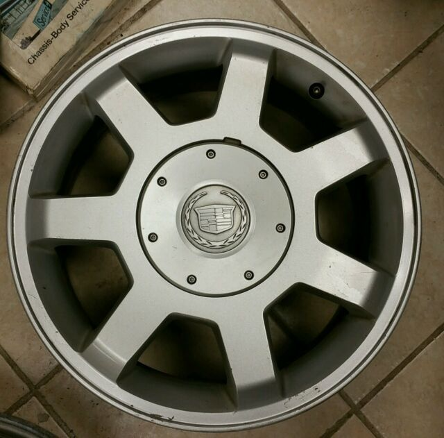 "2003-2004 Cadillac CTS 7 Spoke 16"" Alloy Wheel With Center"