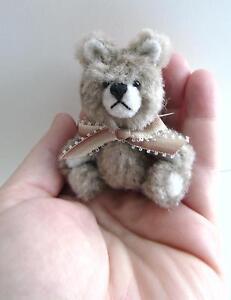 Artist-made-Miniature-Faux-Fur-Circle-Teddy-Bear-034-OLIVER-034-by-Beth-Hogan-3-034-OOAK