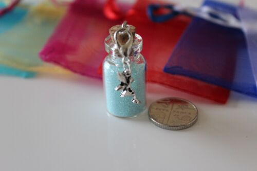 Small Bottles Fairy with Fairy on a Clasp /& Bag Elf Glitter Dust 28x16mm.