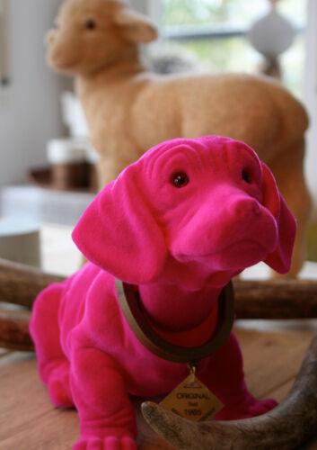 Made in Germany 30 x 15 cm groß. Original Wackeldackel in Pink beflockt