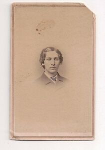 Vintage-CDV-Young-Man-Civil-War-Era-Photo-By-Hovey-amp-Hartman-Rochester-New-York