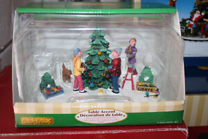 "Lemax Christmas Village ""Decorating Front Yard Tree"" NOT ..."