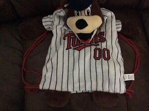 MLB-Minnesota-Twins-TC-sling-backpack-new-without-tags
