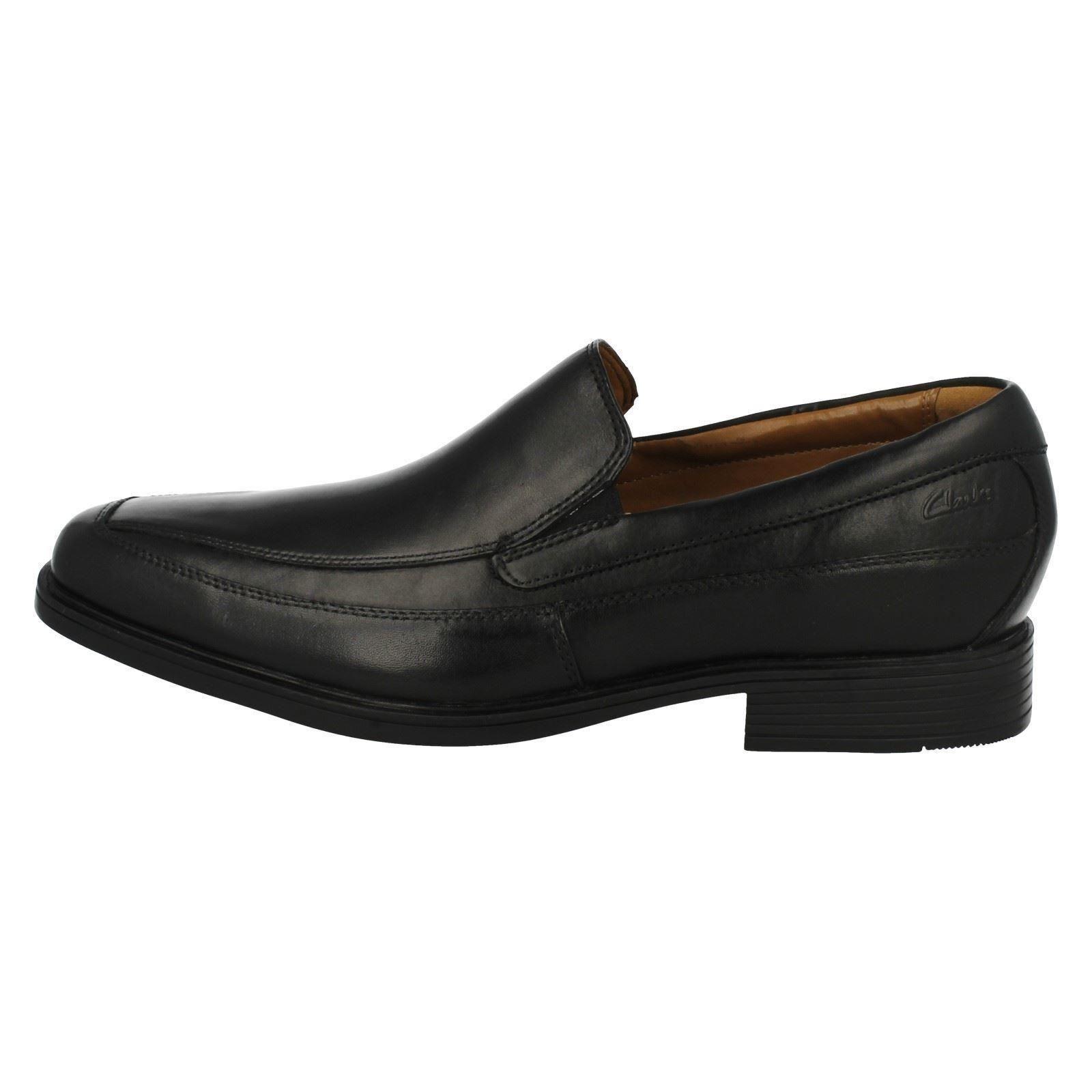 Hommes Clarks Noires à Enfiler Chaussures Tilden Gratuit Gratuit Gratuit | La Fabrication Habile  | Exquis (en) Exécution  | De Gagner Une Grande Admiration  dd3945