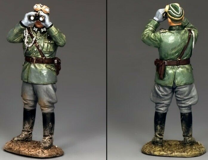 KING & COUNTRY WW2 GERMAN ARMY WS279 AIDE DE CAMP WITH BINOCULARS MIB