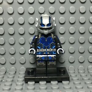 Ant-Man-Goliath-Custom-Minifigure-LEGO-Compatible-Avengers-Minifigures