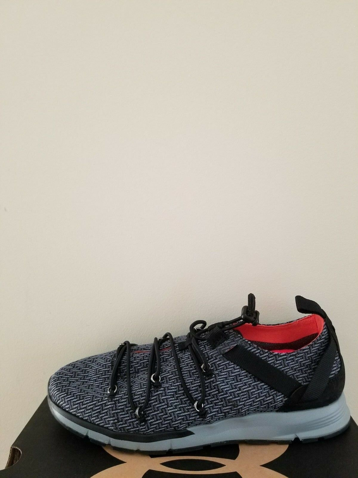 Nuovo Under Armour Donna Charged Completa Speedknit  Misura 7 Nib
