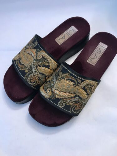 Mia Shoes Womens Size 8 Slides Tapestry Fabric Pla