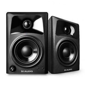 M-Audio-AV32-2-Wege-aktiv-Studio-Monitor-Lautsprecher-Paar-f-DJs-Producer