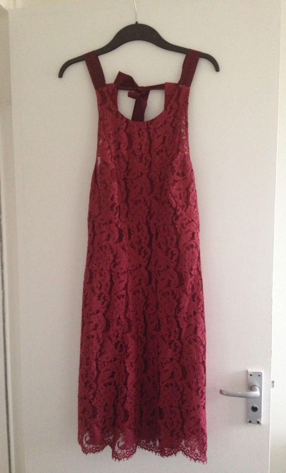 BNWOT Ladies Maroon Burgundy Lace Monsoon Knee Length Sleeveless Dress - Size 12